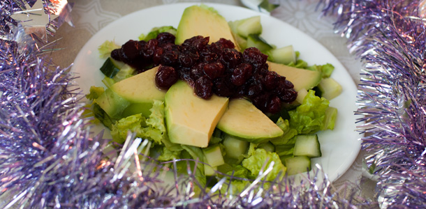 Avocado Berry Salad